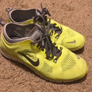 Nike Free 5.0 Yellow Sneakers